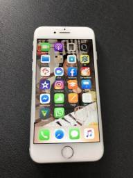 IPhone 8 64g branco