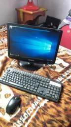 Computador vendo ou troco