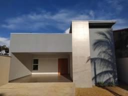 Casa nova moderna e de alto padrão