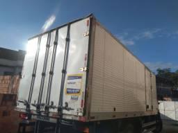 Baú  carga seca para caminhão toco 7mts