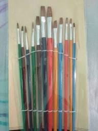 Cj 12 Pinceis Chatos e Redondos oferta Pincel Artesanato pintura Valor de 12 unidades