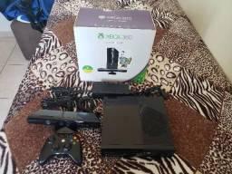 Oportunidade! Na caixa! Xbox 360 super slim c/ kinect! 3x sem juros! comprar usado  Brasilia