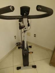 Título do anúncio: Vendo bicicleta hergometrica