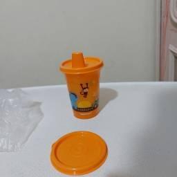 Título do anúncio: Copo com bico safari 200ml Tupperware