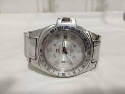Título do anúncio:  Relógio Tommy Hilfiger 5 ATM, Original