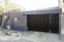 Título do anúncio: Montese Casa 250m², 3 Quartos (sendo 1 suíte), WC Social, Cozinha com armário, 2 Vagas