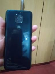 Vendo celular Moto G9 play64giga Leia a Descrição