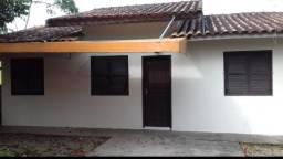 Vendo casa no cebtro em Itapoa Sc