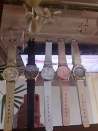 Título do anúncio: Relógios femininos ac cartão e pix