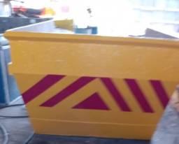 Caixa Coletora de Material - Reformada e Pintada
