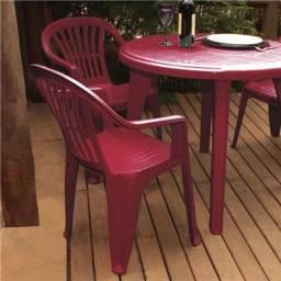 Título do anúncio: Cadeiras Poltronas 3D 152kg + Mesas