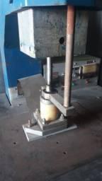Prensa térmica pneumática pra couro R$5.000,00
