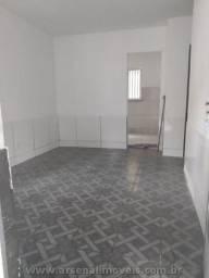 A728-Apartamento no Colubandê com 2 Quartos e Ótima Localização.