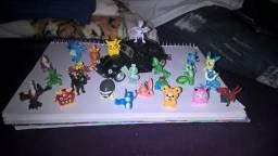 Pokemons e Fuska miniaturas