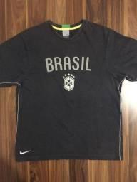 Nike (Camiseta Brasil M Edição Especial)