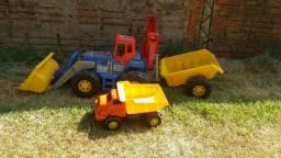 Trator e Caminhão grandes, os dois!!