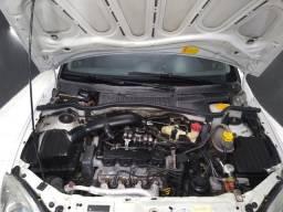 Corsa Sedã 1.4 gnv Premium - 2011
