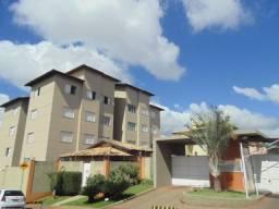 Apartamento com 03 dormitórios para alugar, Universitário, Uberaba/MG