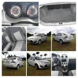 Ford Fiesta Sedan SE 2013 1.6 8v Completo - 2013