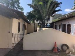 Vendo terreno com 3 casas com aluguel de 1600, no Engenho do Mato
