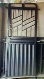 Porta portões e janela na promoção