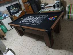 Mesa Charme Carlin Cor Imbuia Tecido Preto Logo Jack Daniels Mod. WPKM1015