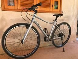 Vende-se bicicleta semi-nova