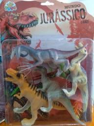 Título do anúncio: Kit com 4 Dinossauros Mundo Jurássico