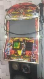 Máquina de música com karaokê