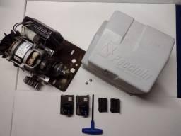 Título do anúncio: Motor de correr Super 1/2 Cv Peccinin Condomínio + 20 controles (usado)