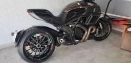 Ducati Diavel .. Ducati Diavel 2013