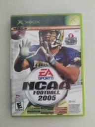 Título do anúncio: Jogo de Xbox/Semi-Novo/Original/2 em 1/NCCA FOOTBLL 2005/TOP SPIN