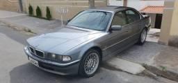 Título do anúncio: BMW 750i V12