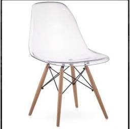 1 Cadeira Eames Policarbonato Transparente Cristal