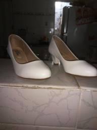 Título do anúncio: Sapato feminino usado apenas 1 vez