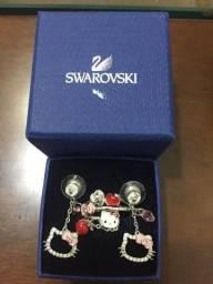 Brincos e anéis da Swarovski