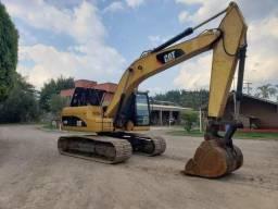 Escavadeira Caterpillar 320d 2012