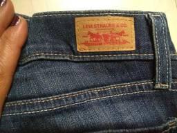 Calça jeans Levi s 32cfd7b8268