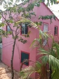 Casa com dois pisos no nacional