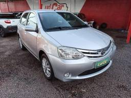Toyota Etios Hatch Etios XLS 1.5 (Flex) 2013 - 2013
