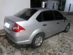 Ford Fiesta Sedã completo - 2005