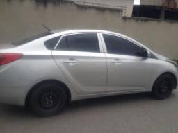 Hyundai HB20S em Bom estado