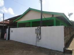 Aluga-se casa na Av. Francisco Torquato - Congós