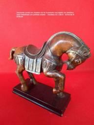 Para quem gosta de cavalos peças de antiquário