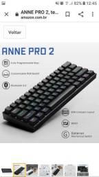 Teclado gamer bluetooth Anne Pro 2 QWERTY Gateron blue inglês US de cor preto com luz RGB