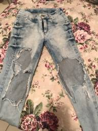 Calça jeans destróid