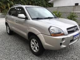 Hyundai Tucson 2.0 Manual - Diferenciada Único dono