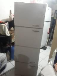 Armario de cozinha/parede R$150,00.
