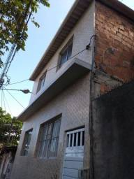 Título do anúncio: Duas casas primeiro andar