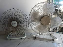 Vendo dois ventiladores por 100